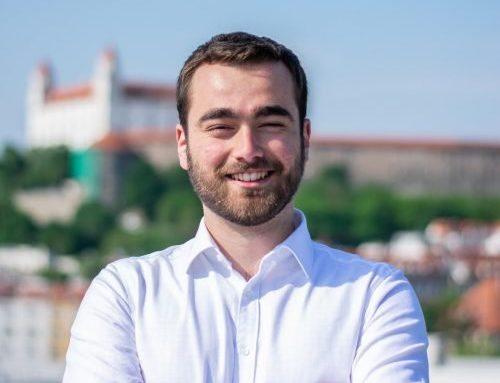 """Julián Gerhart vedie úspešný projekt Zmudri: """"Nikdy som sa nepovažoval za líderský typ"""""""